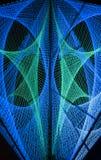 As luzes azuis e verdes criaram a formação 3D no preto Fotografia de Stock