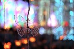 As luzes da iluminação fazem povos felizes em um momento especial Foto de Stock Royalty Free