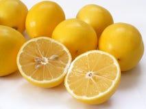 As melhores imagens do limão do corte para tampões de empacotamento do suco de fruto Imagem de Stock Royalty Free