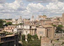 As melhores vistas do fórum do panteão do coliseu de Roma Imagens de Stock Royalty Free
