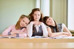 As meninas estão preparando-se para a lição Imagem de Stock Royalty Free