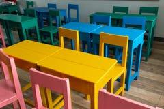 As mesas e colorido fotos de stock