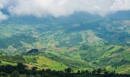 As montanhas das montanhas em Tailândia fotografia de stock