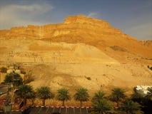 As montanhas douradas no Mar Morto imagens de stock royalty free