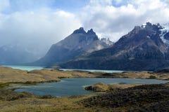 As montanhas em Torres del Paine imagens de stock royalty free