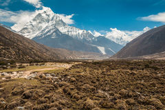 As montanhas Himalaias em Nepal Fotografia de Stock