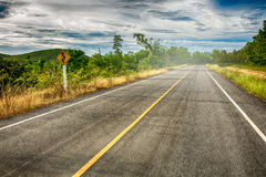 As montanhas road Foto de Stock Royalty Free