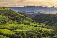 As montanhas suportam Fotografia de Stock