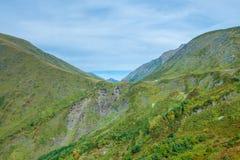 As montanhas verdes do Cáucaso norte Fotografia de Stock