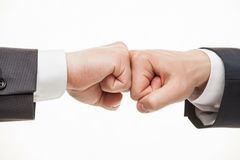As mãos do homem de negócios que demonstram um gesto de uma altercação Fotos de Stock