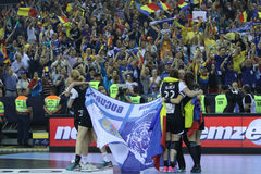 "AS MULHERES EHF do HANDBALL PATROCINAM o †FINAL ""GYORI AUDI ETO KC da LIGA contra CSM BUCURESTI Fotografia de Stock"