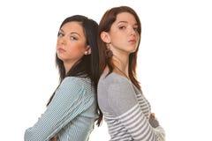 As mulheres são irritadas e ofendidas ao discutir Imagem de Stock Royalty Free