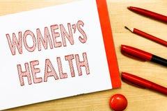 As mulheres s da escrita do texto da escrita são saúde Conceito que significa Women' consequência da saúde física de s que e ilustração royalty free