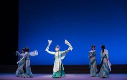 """As ondas água do ato das fadas- da sexta transbordam o  branco de Opera""""Madame Snake†do monte-Kunqu dourado Imagem de Stock Royalty Free"""