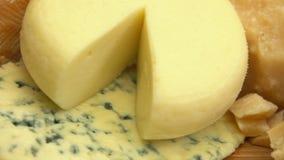 As partes de queijo e de figos fecham-se acima vídeos de arquivo