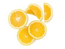 As partes e as fatias de citrino em um branco isolaram o fundo Imagem de Stock