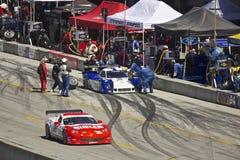 As passagens Ford de Corveta Poder-Estão no batente do poço Foto de Stock