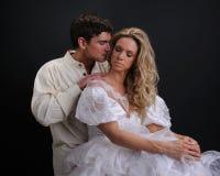 As poses 'sexy' dos pares para a câmera Imagem de Stock