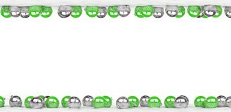 As quinquilharias do verde e do White Christmas alinharam a rendição 3D Fotografia de Stock