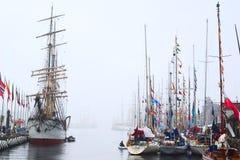As raças 2008 dos navios altos em Bergen, Noruega Foto de Stock Royalty Free