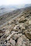 As rochas da lava fecham-se acima na inclinação de Etna Fotos de Stock Royalty Free
