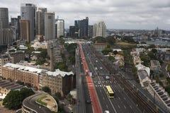 As rochas e o Sydney Harbour Bridge Imagem de Stock