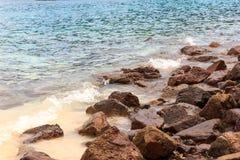 As rochas na praia Fotos de Stock