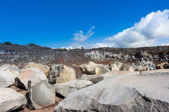 As rochas vulcânicas em uma pedreira siciliano Imagem de Stock Royalty Free