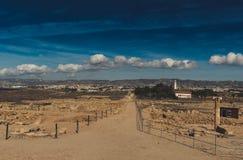 As ruínas antigas aproximam o caminho fotografia de stock royalty free