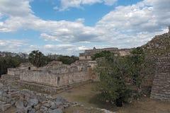 As ruínas da cidade maia antiga de Kabah, Iucatão, México imagens de stock royalty free