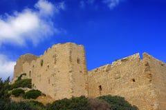 As ruínas da fortaleza medieval dos cavaleiros Fotos de Stock