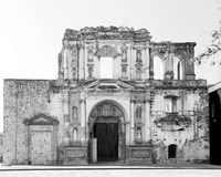 As ruínas de Compañía de Jesús em Antígua, Guatemala Imagem de Stock Royalty Free
