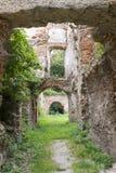 As ruínas de um castelo antigo Fotos de Stock