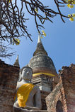 As ruínas de Wat Yai Chai Mongkon Imagens de Stock Royalty Free