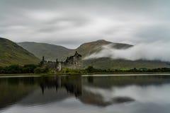 As ruínas do castelo histórico de Kilchurn Fotografia de Stock