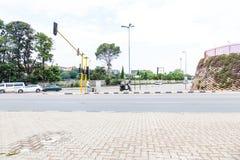 As ruas de Joanesburgo, em uma interseção Fotos de Stock Royalty Free