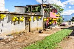 As ruas decoraram para a procissão do dia de St John, Guatemala Fotos de Stock Royalty Free