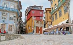 As ruas do enrolamento de Porto Fotos de Stock