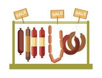 As salsichas opõem a exposição ou os produtos da gastronomia da carne do açougue armazenam a janela do vetor Imagem de Stock Royalty Free