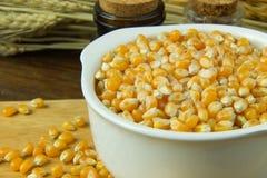 As sementes do milho fecham-se acima da imagem de fundo Imagem de Stock Royalty Free