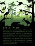 As silhuetas do pantanal da floresta úmida do vetor no por do sol projetam o molde com garça-real, lontra, pitão, puma, águia e c ilustração do vetor