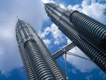 As torres gêmeas de Petronas - Kuala Lumpur - Malásia foto de stock