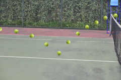 As trajetórias da bola de tênis imagens de stock