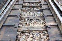 As trilhas de estrada de ferro velhas Fotos de Stock Royalty Free