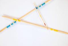 As varas de Mikado dispersaram no fundo branco - 7 fotografia de stock royalty free