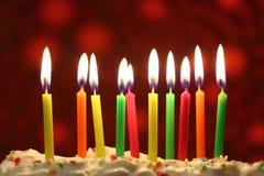 As velas do aniversário fecham-se acima imagem de stock royalty free