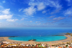 As vistas de Las da vista aérea encalham em Arona Tenerife Imagem de Stock Royalty Free