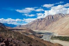 As vistas nos Himalayas Fotografia de Stock Royalty Free