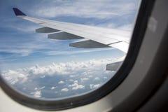 Asa de aviões sobre o golfo tailandês Fotografia de Stock