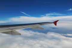 Asa de um avião imagens de stock